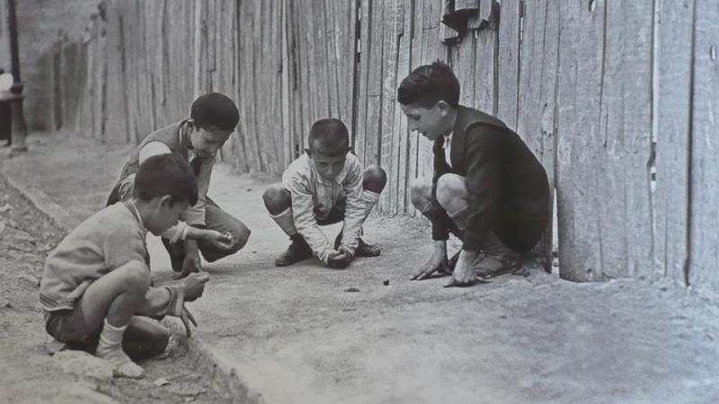 Canicas, tabas, peonzas...en algun lugar de españa -1940