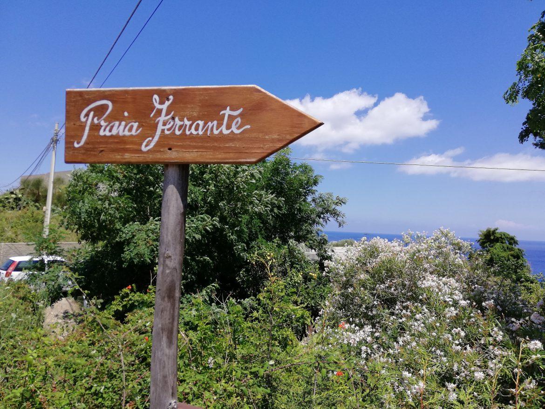 calas espectaculares en el mediterraneo - lipari