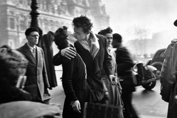Ayer te besé en los labios - Pedro Salinas